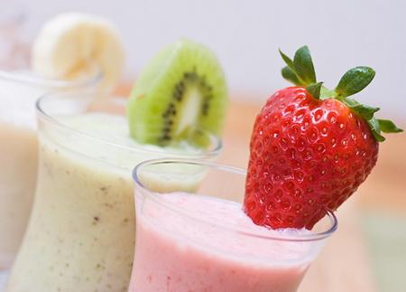 Как готовить вкусные молочные коктейли